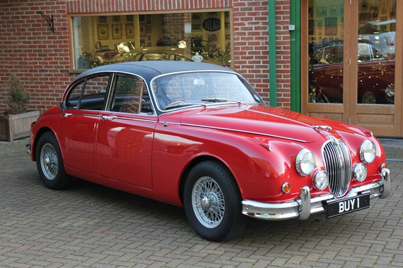 The ex-John Coombs Jaguar MK2 Saloon appeared on static display at Oulton Park