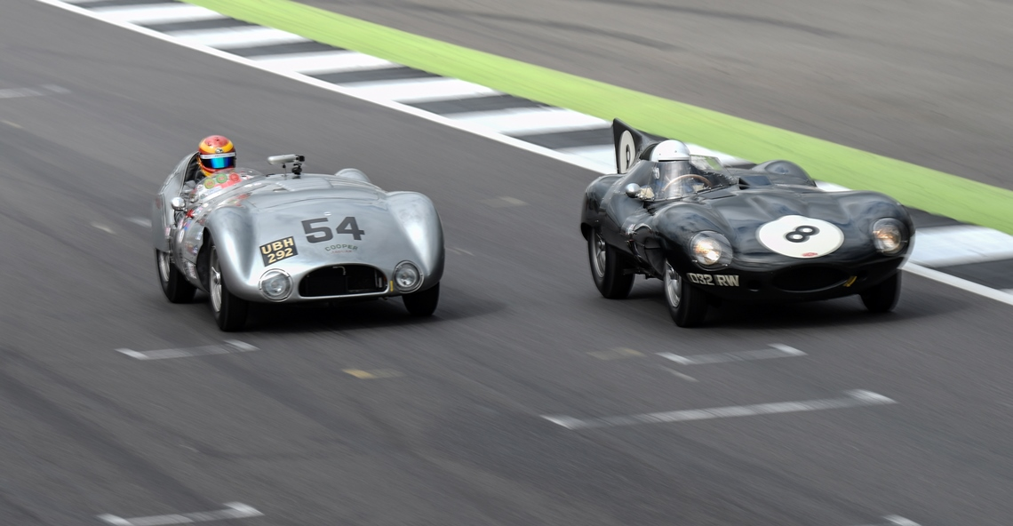 The Cooper T33 of Chris Ward qualified in pole position for the weekend's RAC Woodcote Trophy race
