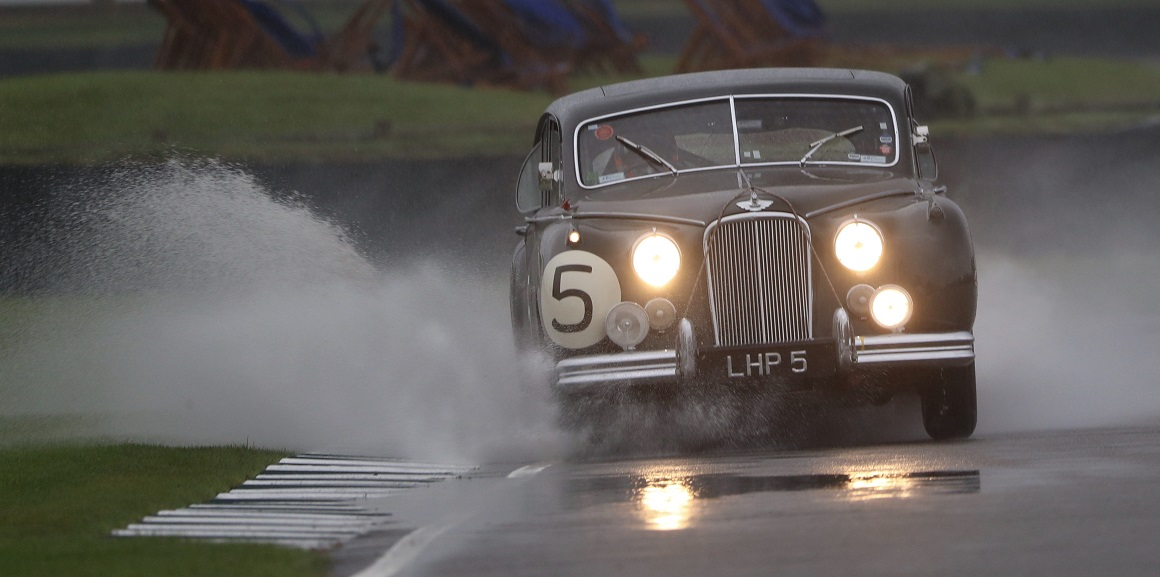 The Jaguar MKVII of Nicholas Minassian and Derek Hood fought its way through the treacherous weather conditions to complete two consistent qualifying session for the St. Mary's Trophy