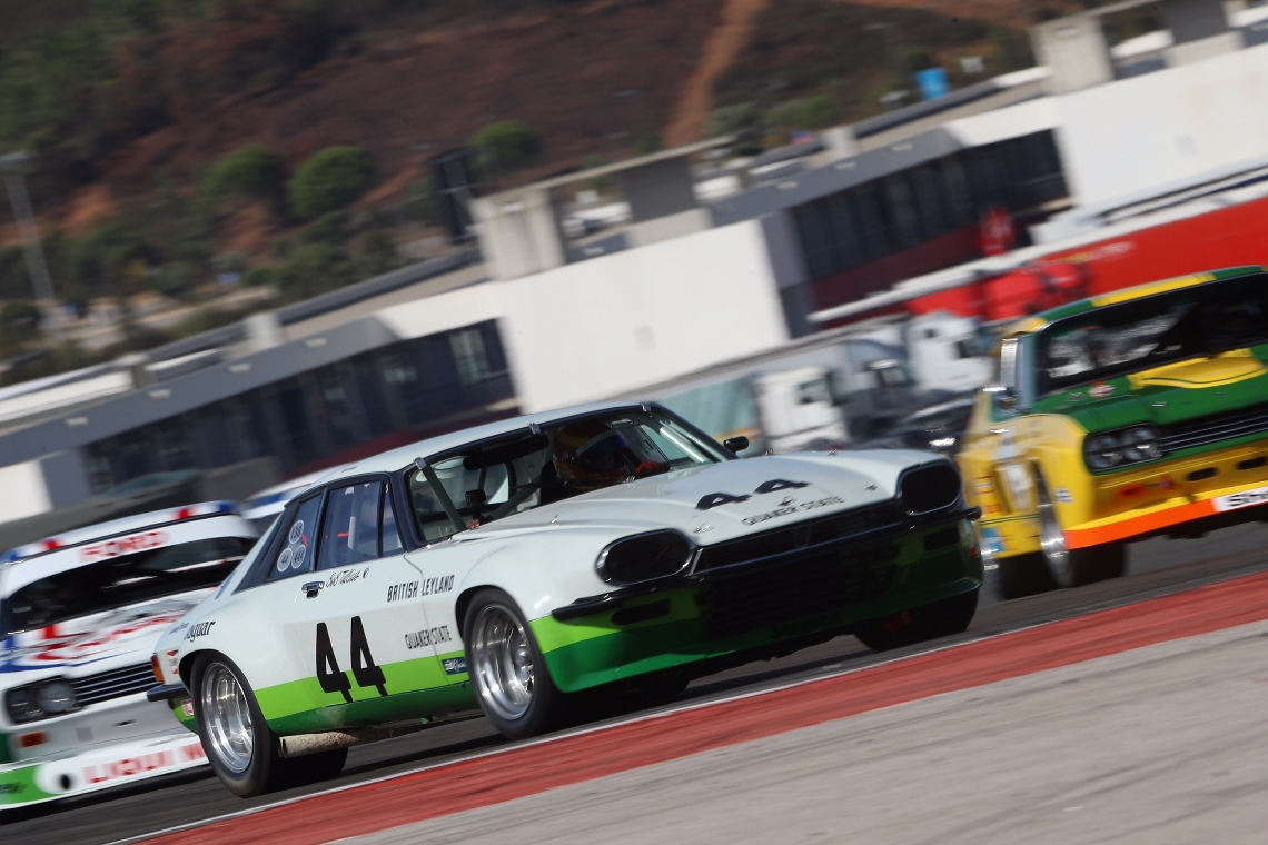 The Jaguar XJS of Chris Ward performed a faultless weekend to take two unrivalled victories within the two round Historic Racing Car Challenge.
