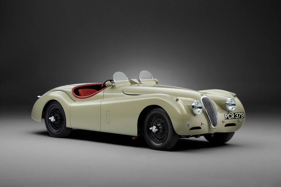 Jaguar XK: JD Clics Expert Guide - News   Woodham Mortimer on